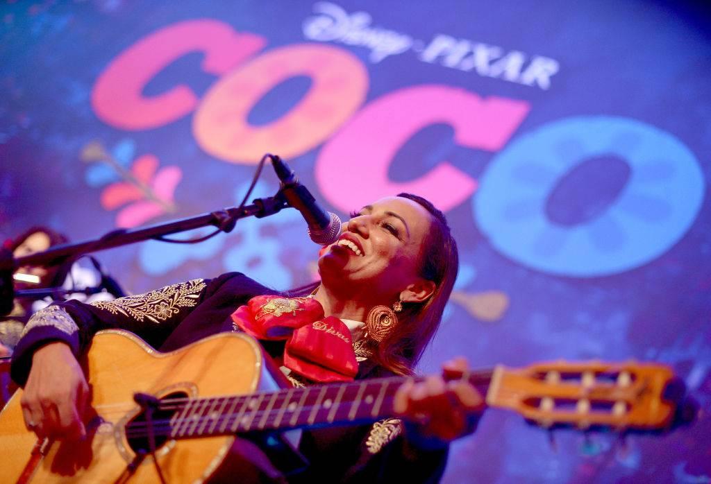 Coco, la aclamada película de sabor mexicano de Disney/Pixar, llega a Netflix el 29 de Mayo