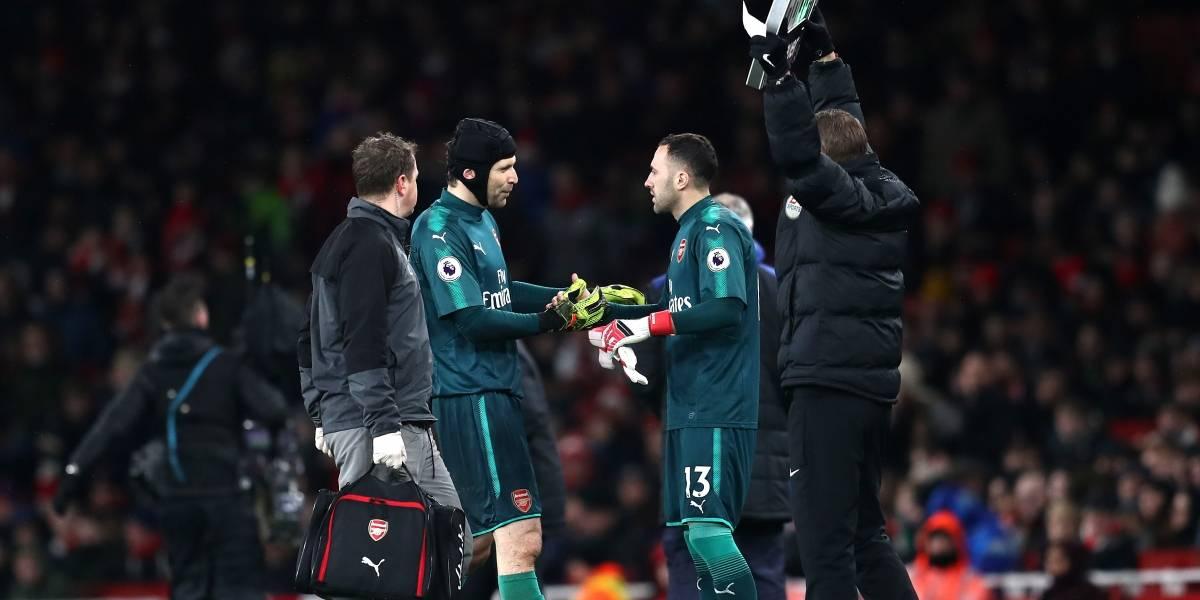 Petr Cech a entrenamientos después de su lesión, ¿malas noticias para Ospina?
