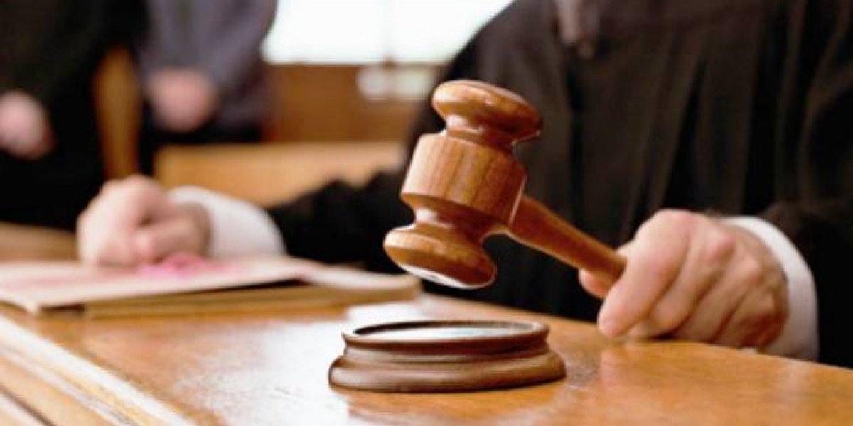 Condenan a 20 años de prisión a hombre acusado de violar hija menor