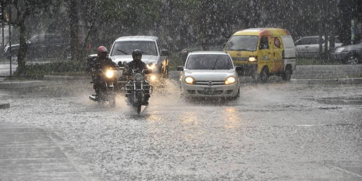 Más de 5 mil personas afectadas por fuertes lluvias