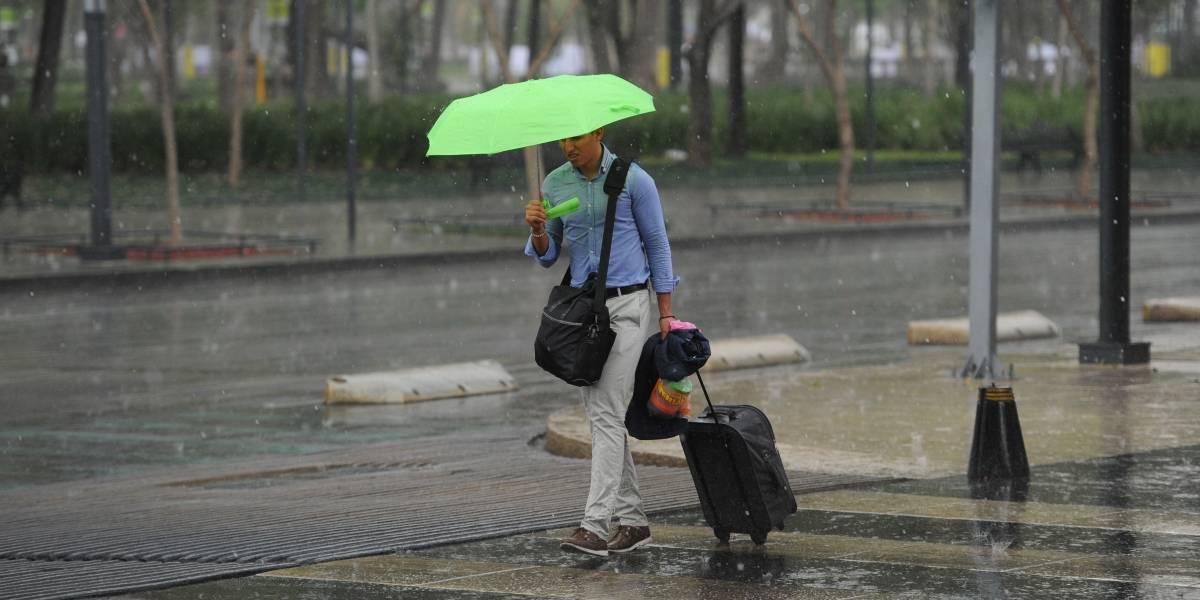 Lluvias con granizo y actividad eléctrica provoca la onda tropical 11
