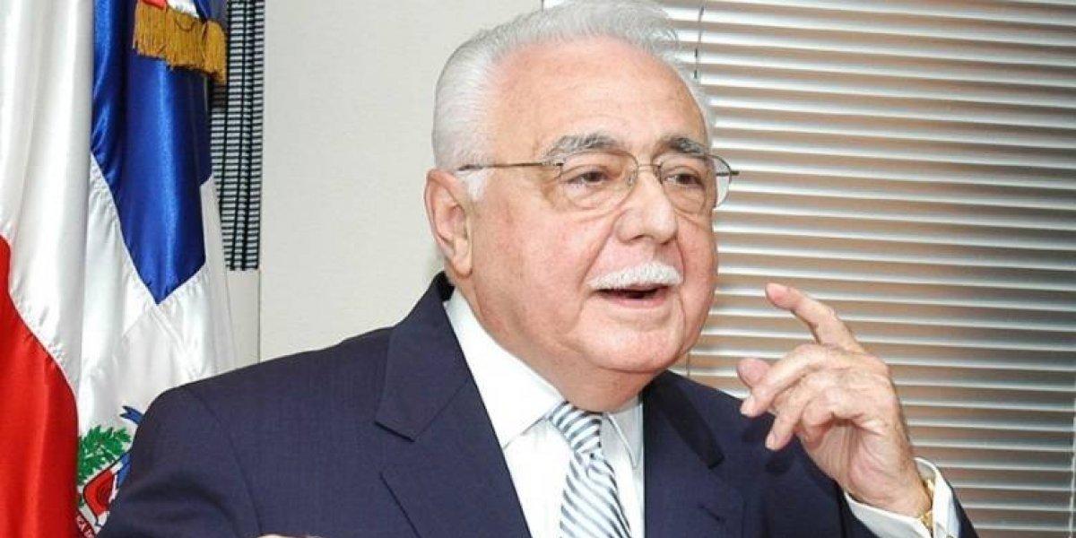 Isa Conde critica pasividad en desarrollo energético sostenible