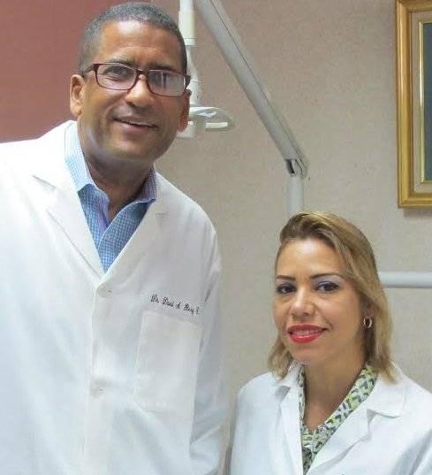 Los odontólogos David Berg y Rocío Fernández