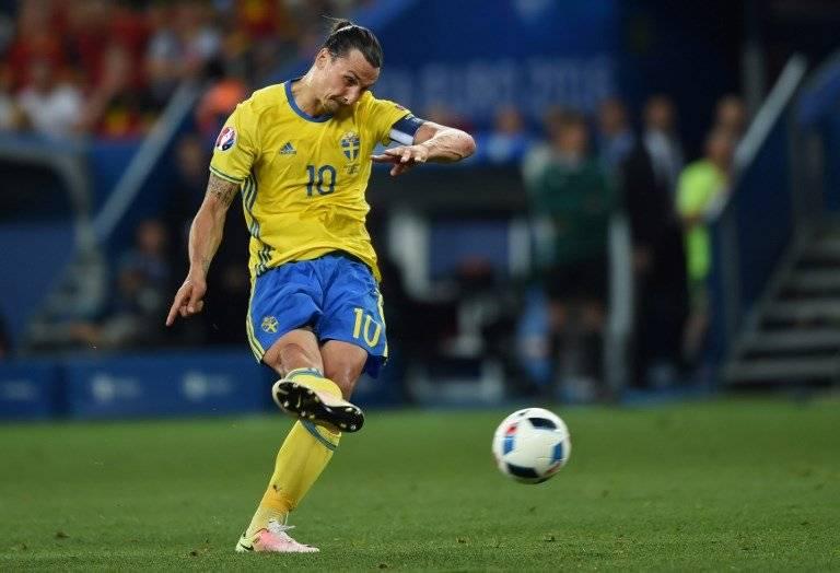 """""""Ibra"""" en un partido con la selección sueca"""