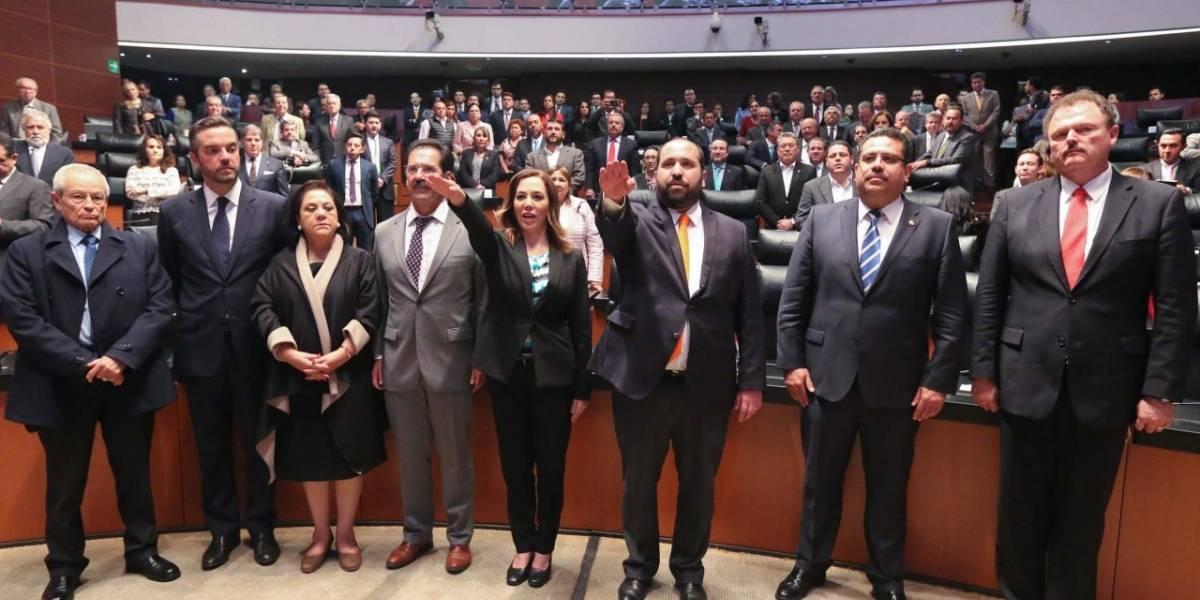 Senado toma protesta a nuevos comisionados del INAI