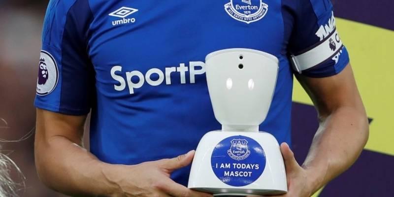 El Robot del Everton de Inglaterra que llevó la emoción del equipo a un niño discapacitado