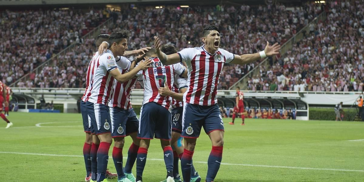 ¡Chivas es campeón de la Concachampions! El Rebaño vence en penales al Toronto