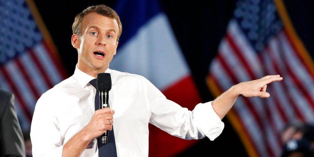 Macron brilla en EE. UU., pero enfrenta problemas en Francia