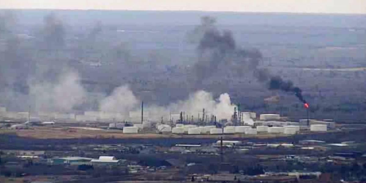 Cinco lesionados por explosión en refinería