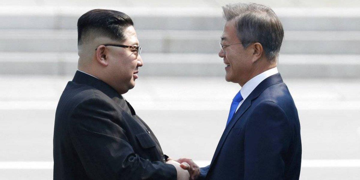 Kim Jong-Un cruzó la frontera para reunirse con el presidente surcoreano Moon Jae-in en histórico momento