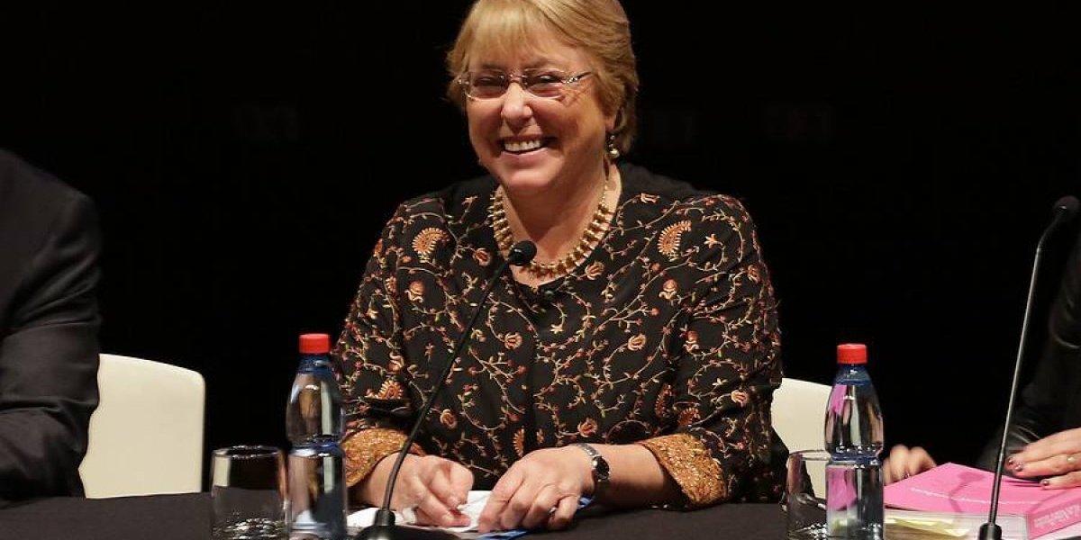 Bachelet defendió el legado de su gobierno en su segunda reaparición pública