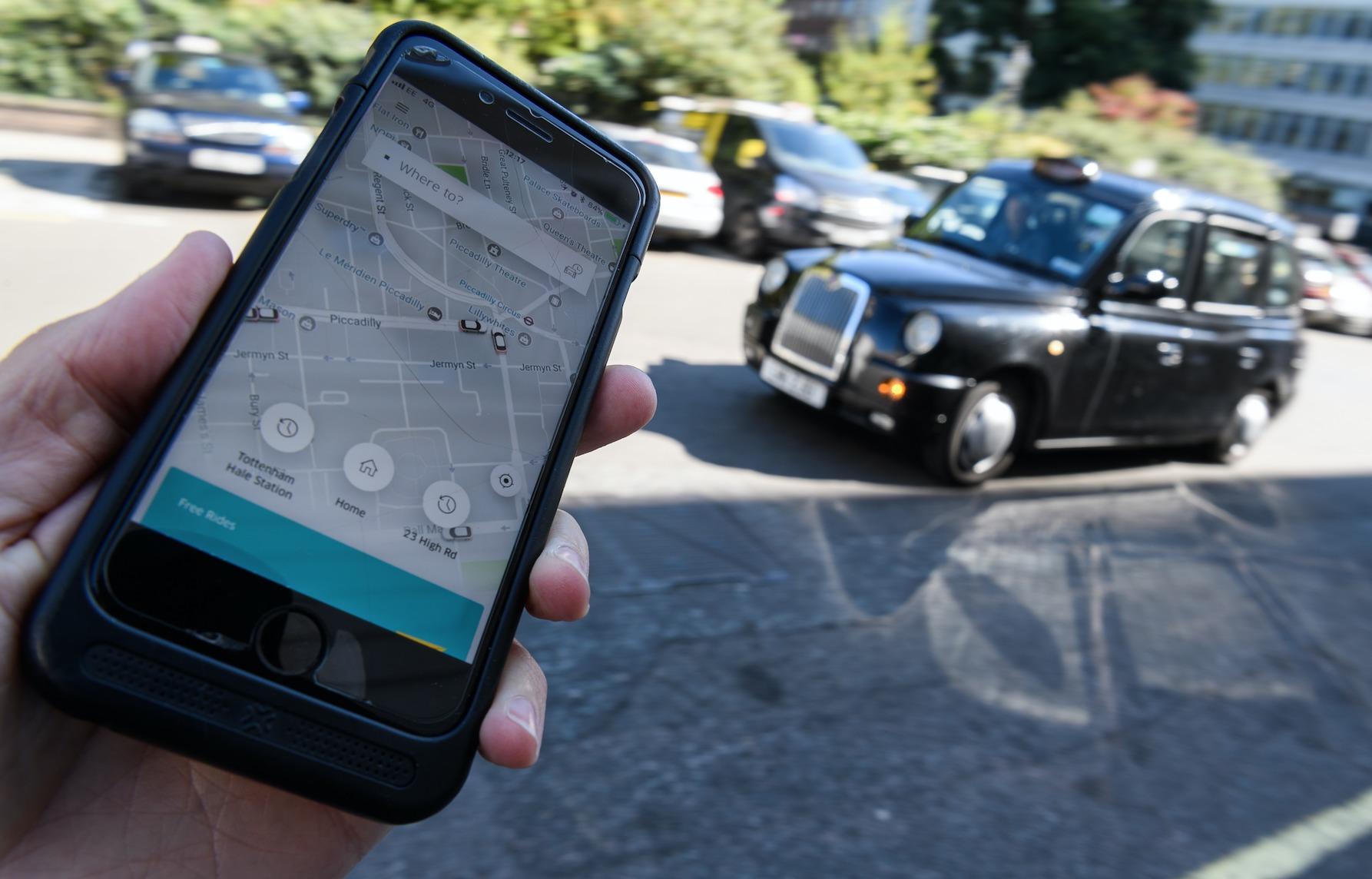 México: Uber, Cabify y similares deberán tener un taxímetro digital en tiempo real para que el usuario pueda verlo