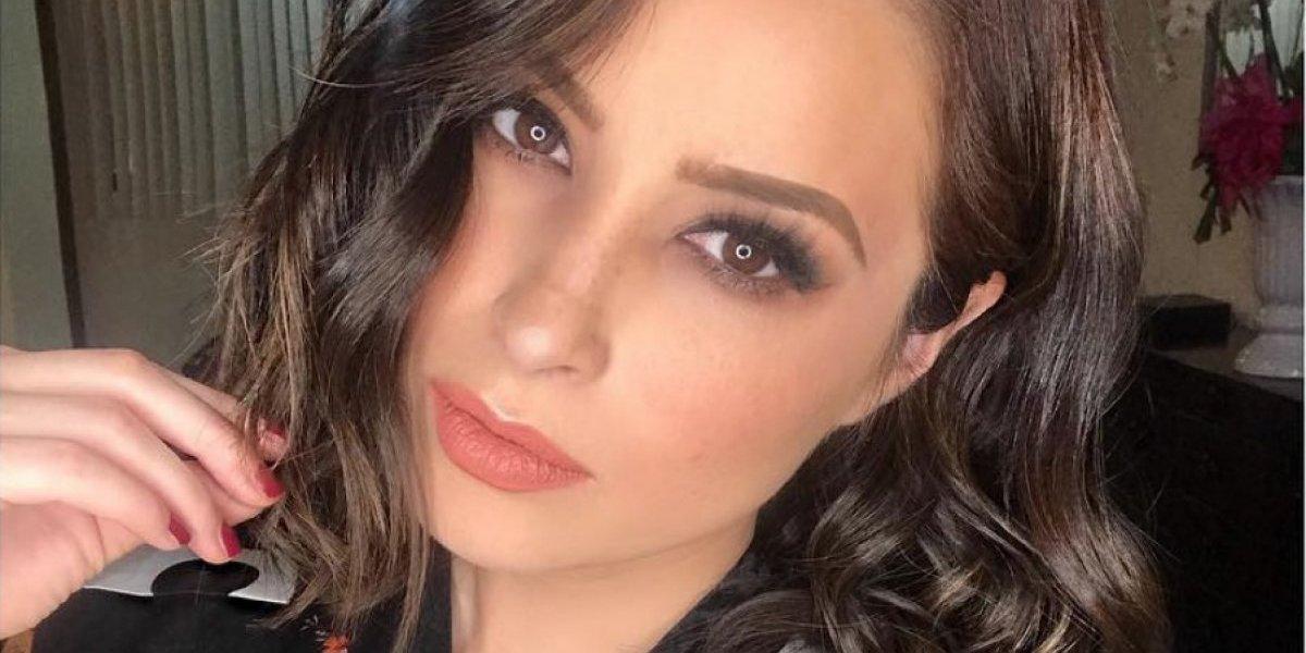 Cynthia Rodríguez presume cuerpazo en bikini rojo