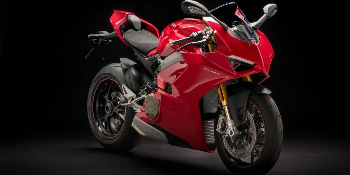"""Nada de pequeñeces: Ducati presenta su gama 2018 con un """"ocho en uno"""""""