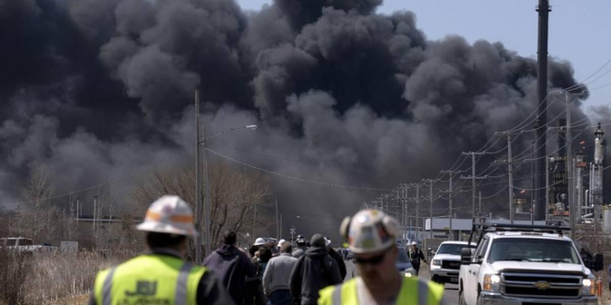 VIDEO. Explosión en refinería de Wisconsin deja múltiples heridos
