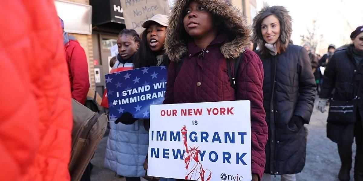 Trump busca acabar el programa que protege a 57 mil migrantes