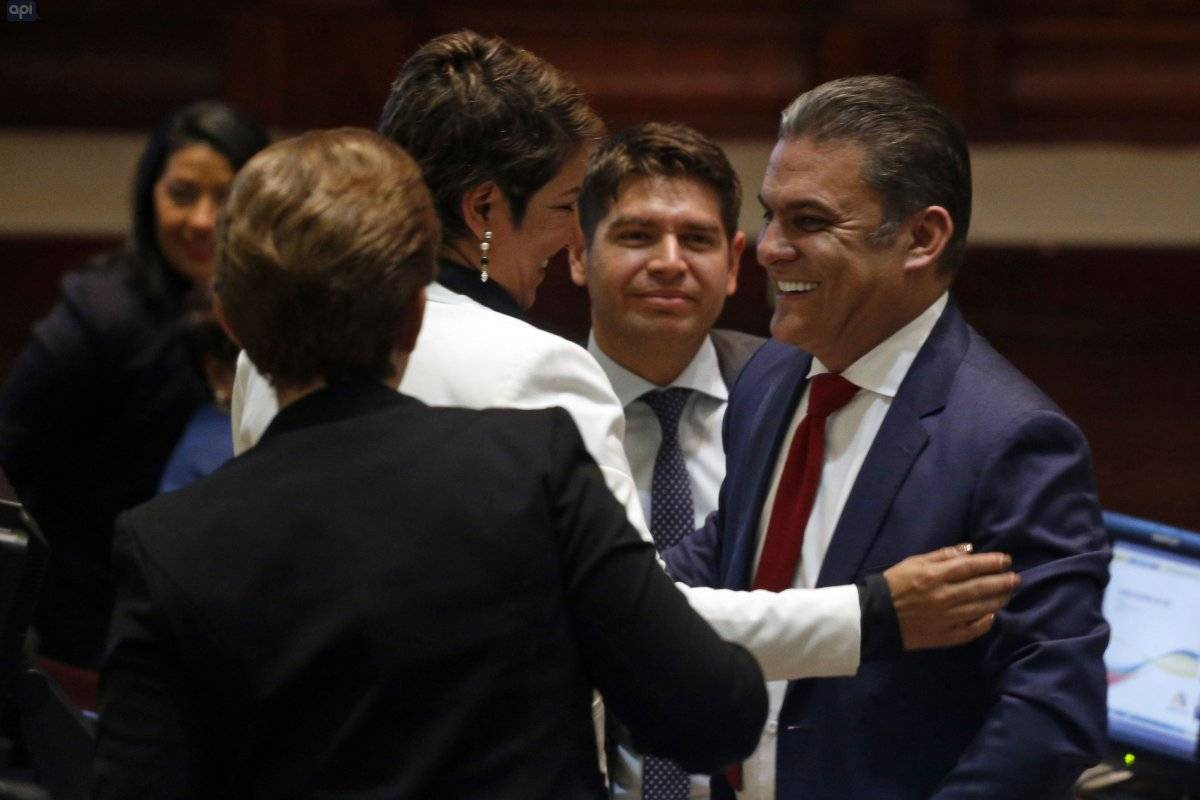 José Serrano reaparece en Asamblea Nacional.