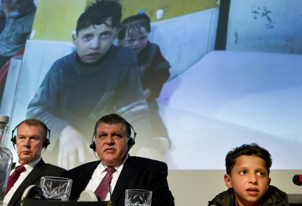 Hasán Diab, en la reunión informativa para representantes ante la OPAQ
