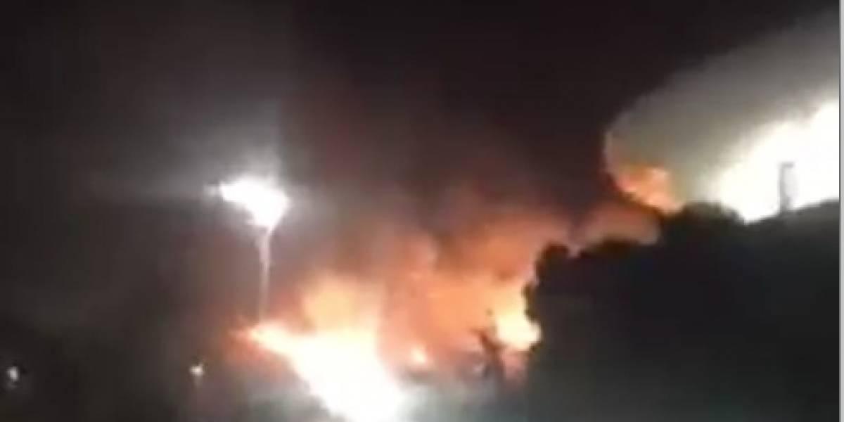 VIDEO: Mientras Chivas celebraba, así estuvo el incendio afuera de su estadio