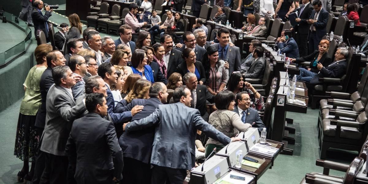 Candidatos al Congreso de Por México al Frente renuncian a bonos