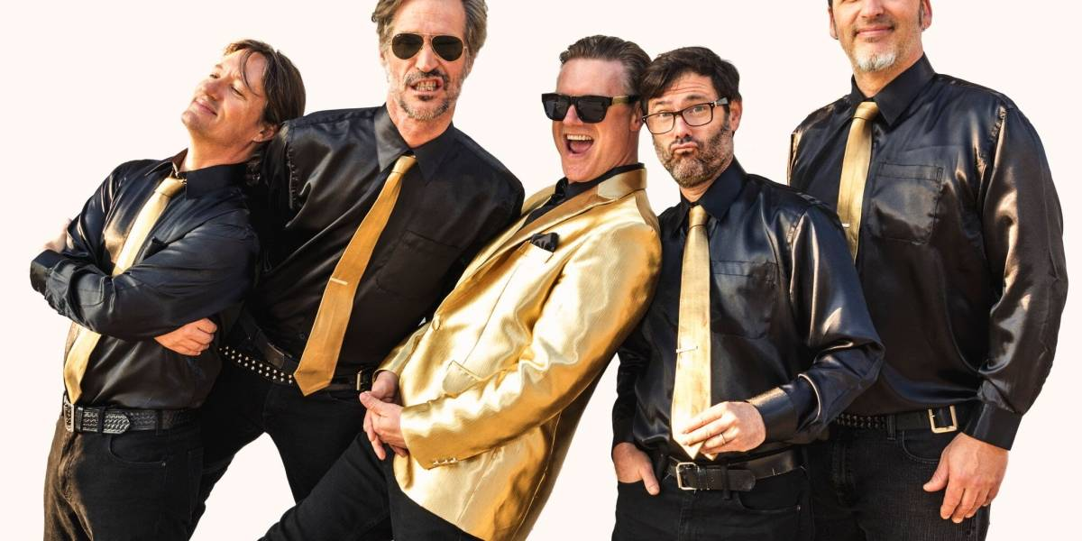 Me first and the gimme gimmes: La hilarante súper banda punk de covers que debuta en Chile