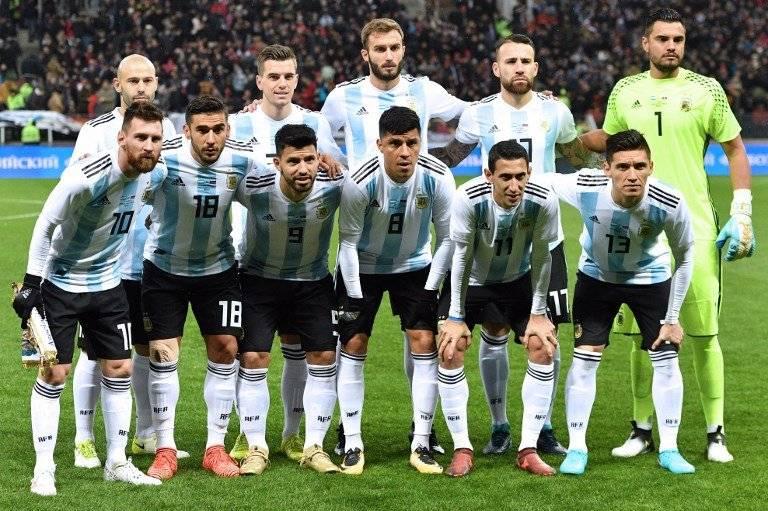 La alineación de Argentina en un partido de preparación