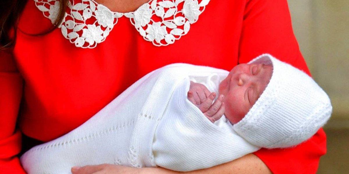 Hijo de Guillermo y Catalina se llamará Luis Arturo Carlos