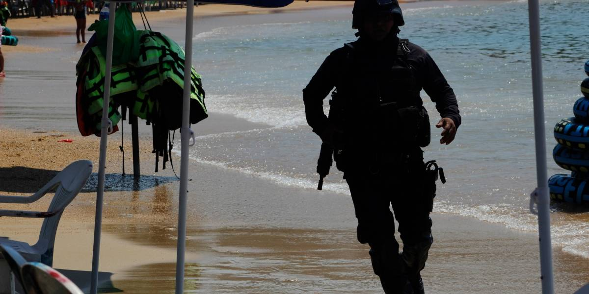 Encuentran sin vida a mujer secuestrada dentro de primaria en Acapulco