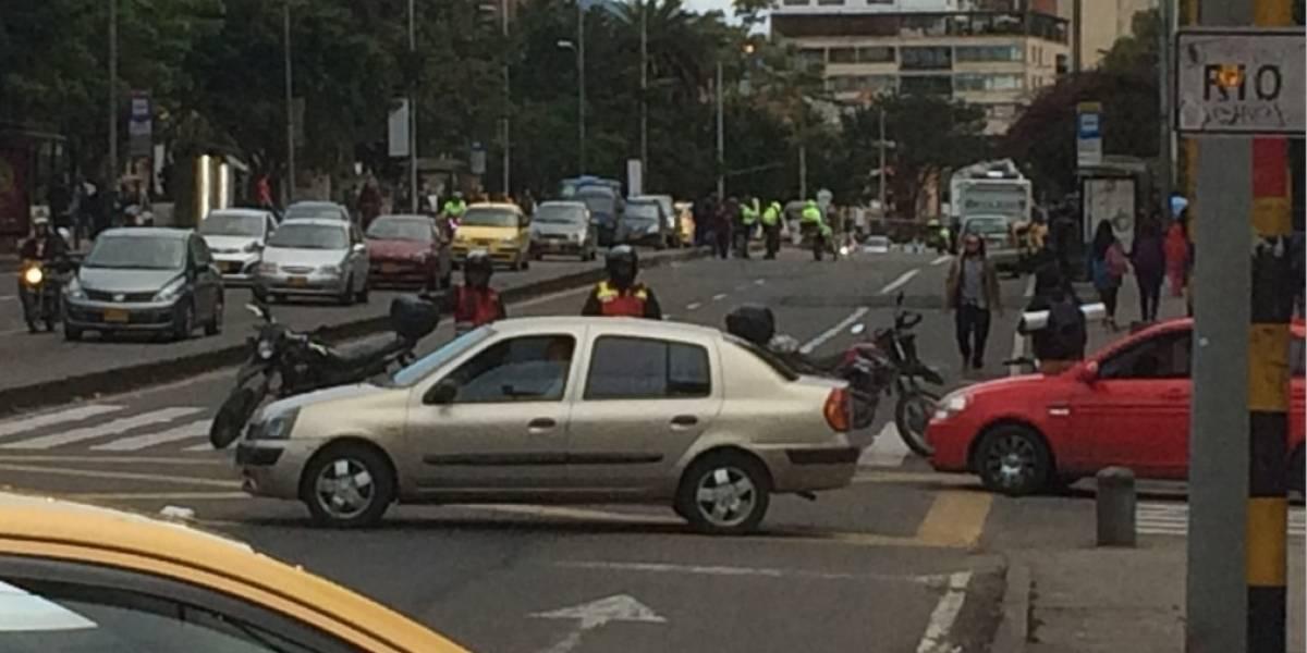 ¡Atención! Cierre en la séptima con calle 36 por accidente fatal