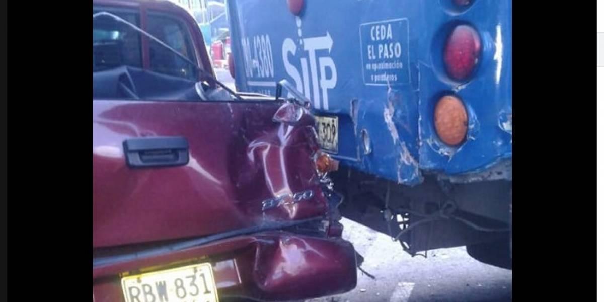Bus del SITP se rodó y mató a uno de los conductores