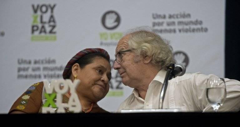 Rigoberta Menchú y Adolfo Esquivel