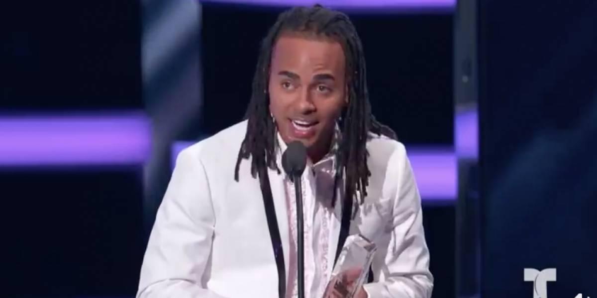 """Ozuna gana premio """"Artista del año"""" en Los Billboard"""