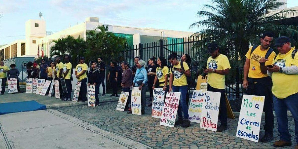 """Critican actos """"violentos"""" de la FMPR en Educación"""