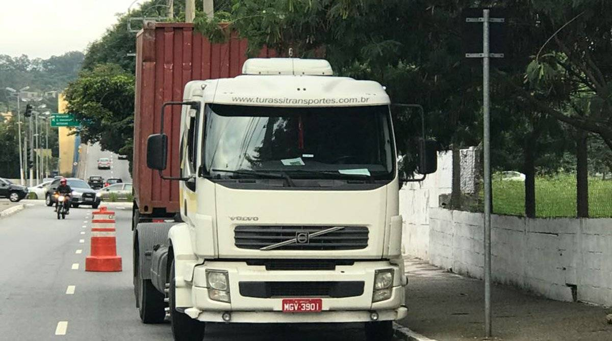 Caminhão viga
