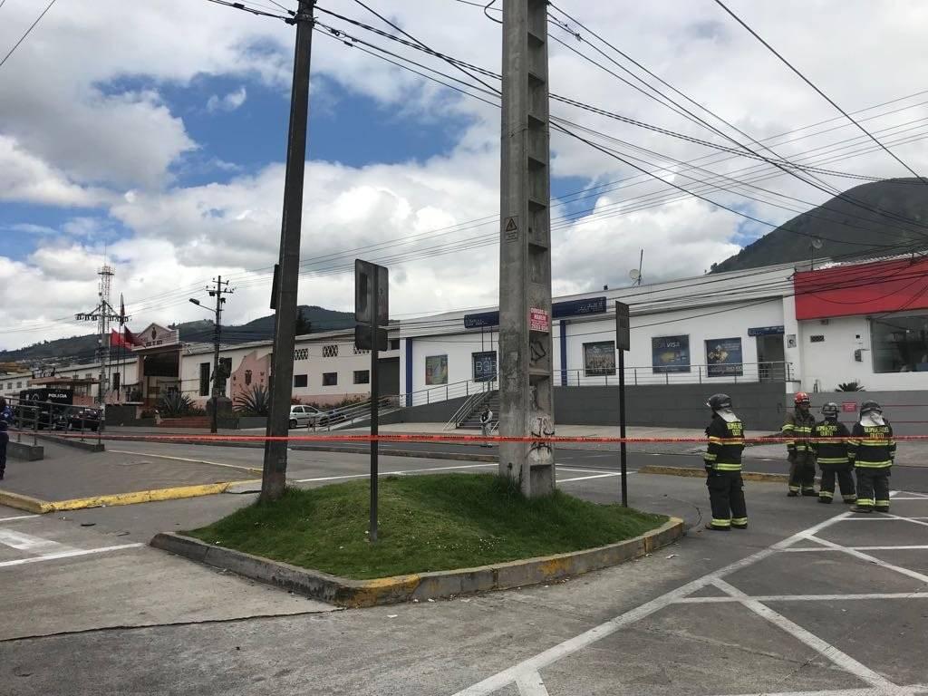 Exteriores del fuerte militar en El Pintado, evacuado por amenaza de bomba.