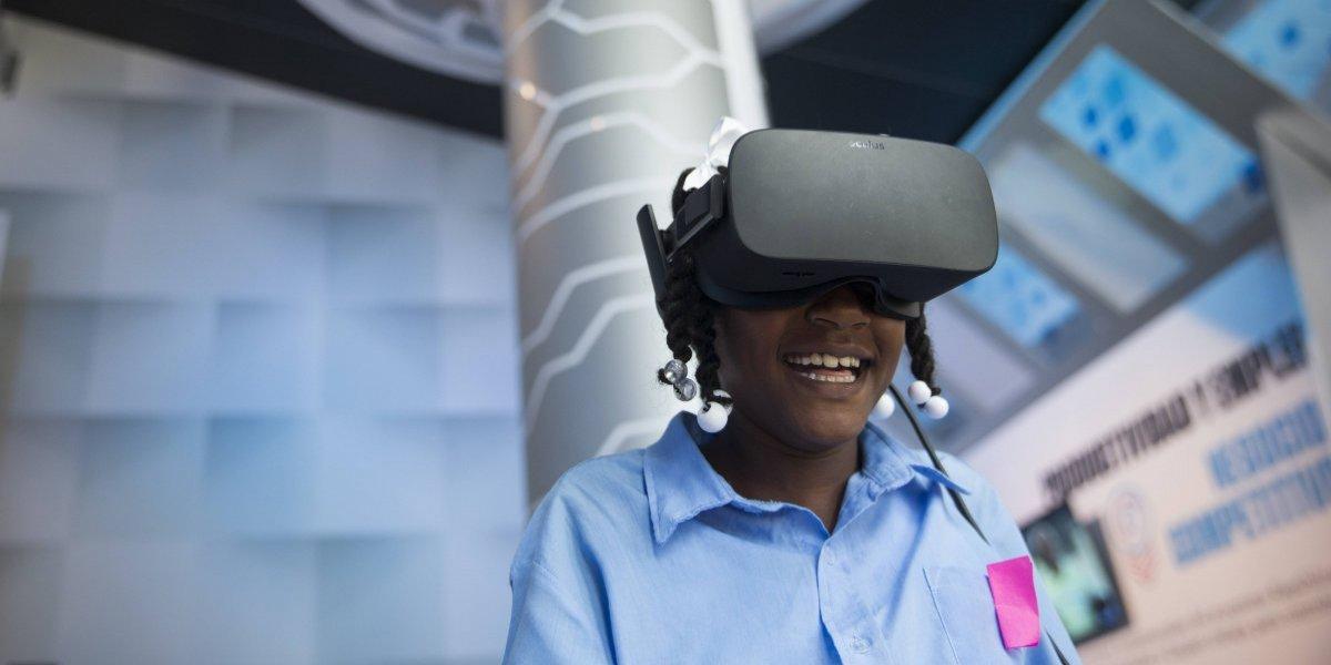 Nuevas tecnologías cobran protagonismo en la Feria del Libro de Santo Domingo