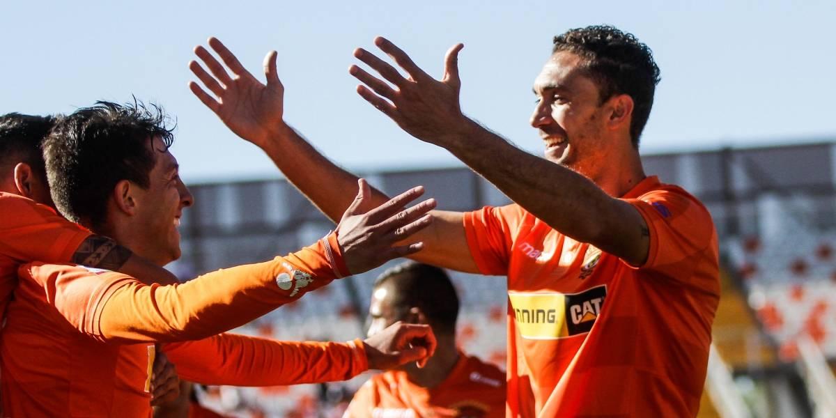 Cobreloa venció por goleada en su estreno de la Copa Chile