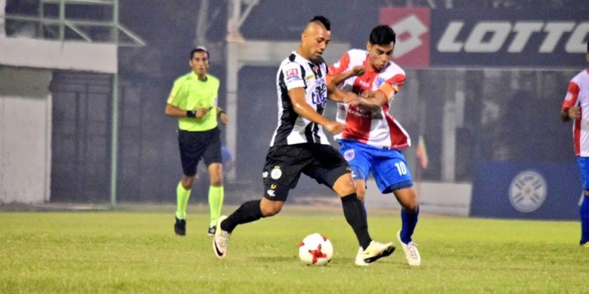 Puro amateurismo: Club paraguayo usó cédula y falsificó firma de uno de sus jugadores para inscribir a un futbolista no habilitado