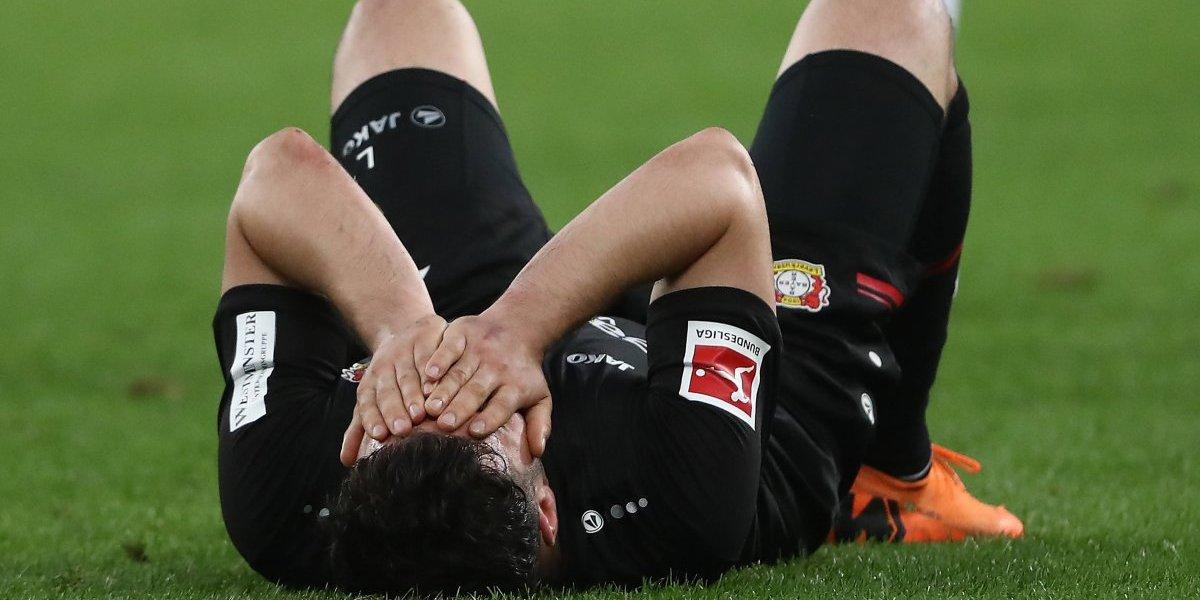 El Bayer Leverkusen de Aránguiz perdió y salió de los puestos de Champions