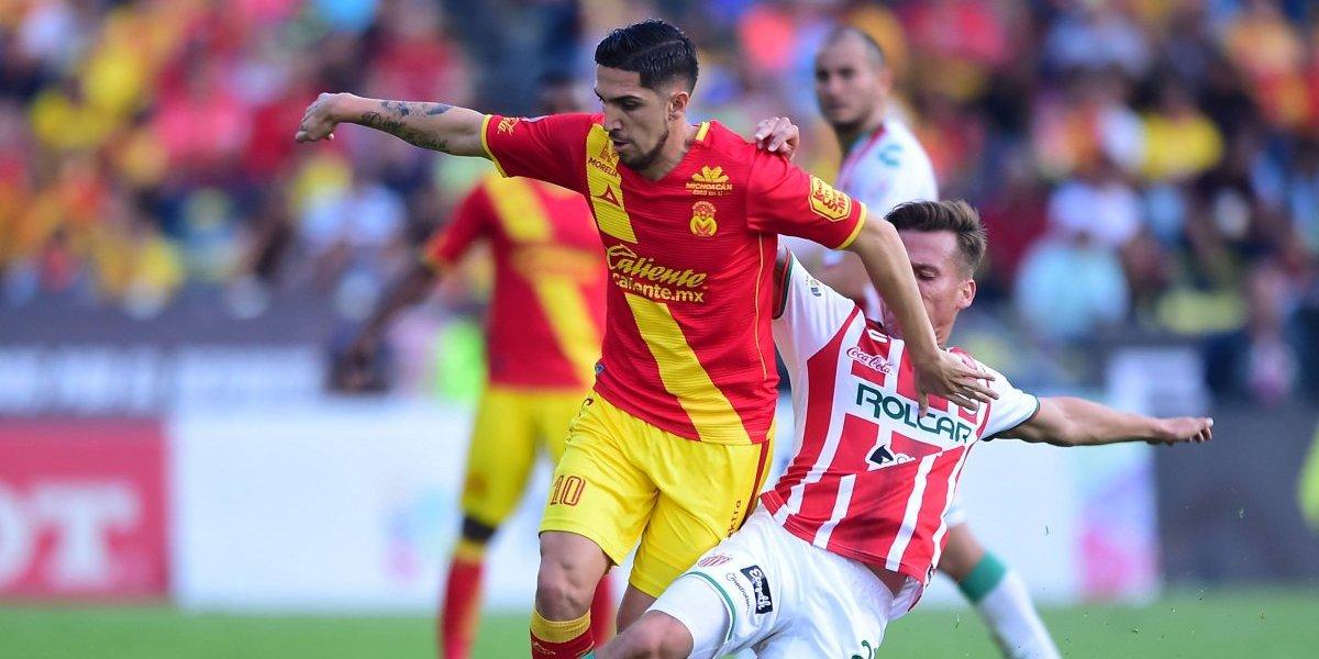 Duelo de chilenos en México terminó con el Morelia a un paso de los playoffs y el Necaxa eliminado
