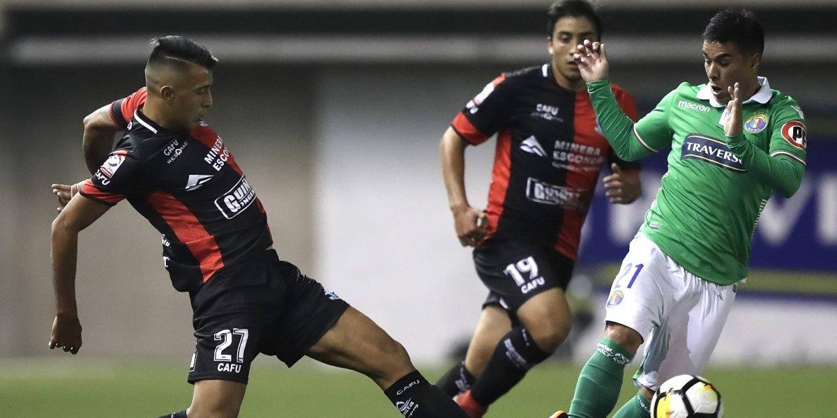 Audax Italiano se hunde tras un opaco y deslucido empate ante Deportes Antofagasta