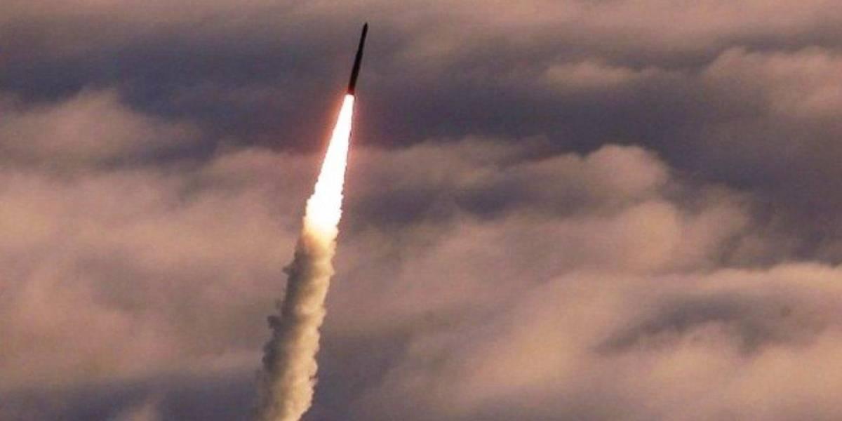 Reportan ataque con misiles contra puestos militares sirios