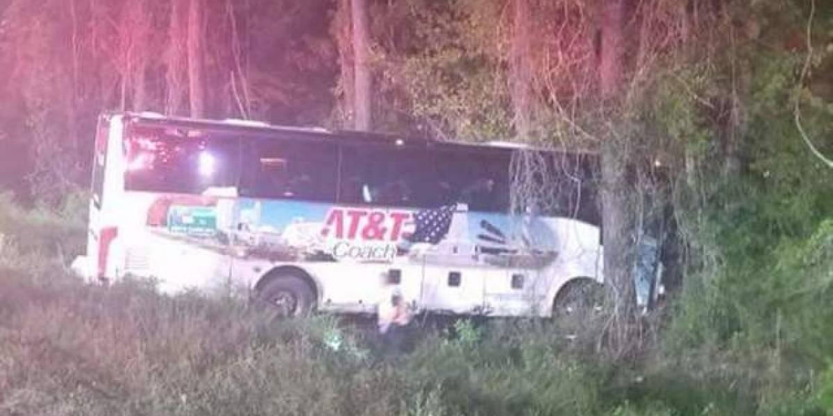 Se estrella autobús que llevaba estudiantes en Carolina Sur