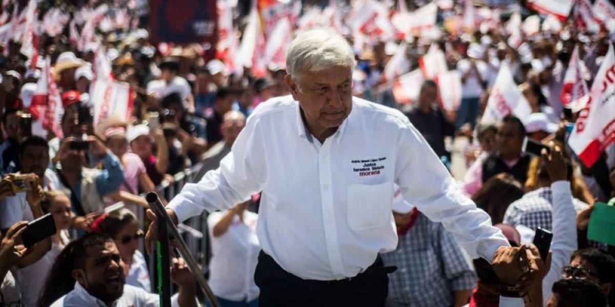 Empresa señalada por Santiago Nieto niega campaña negra contra AMLO