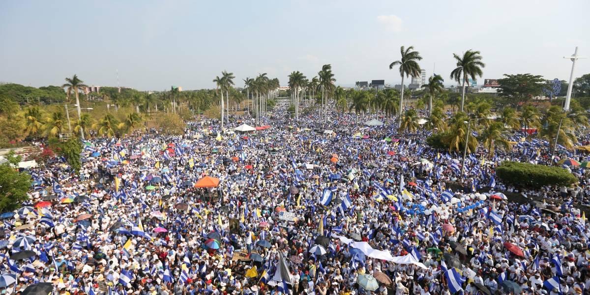 Impactantes imágenes: las calles de Nicaragua se desbordaron con decenas de miles que marcharon por la paz