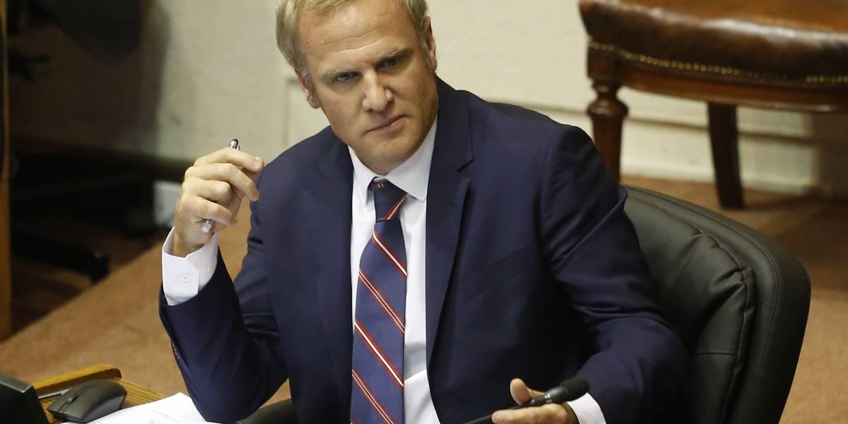 """""""Felicito la visión y el coraje del Presidente"""": Felipe Kast aplaude a Piñera por retiro de nombramiento de su hermano como embajador"""