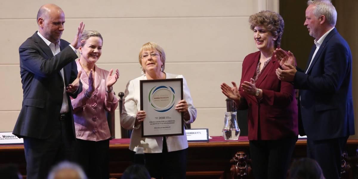 """""""Sin creación de riqueza no podemos ser una opción creíble"""": Bachelet recibe premio de la Alianza Progresista"""