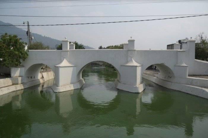 Puente Gloria