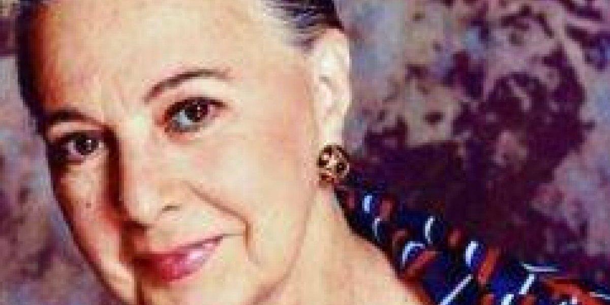 Rosselló decreta día de duelo por muerte de actriz Mercedes Sicardó