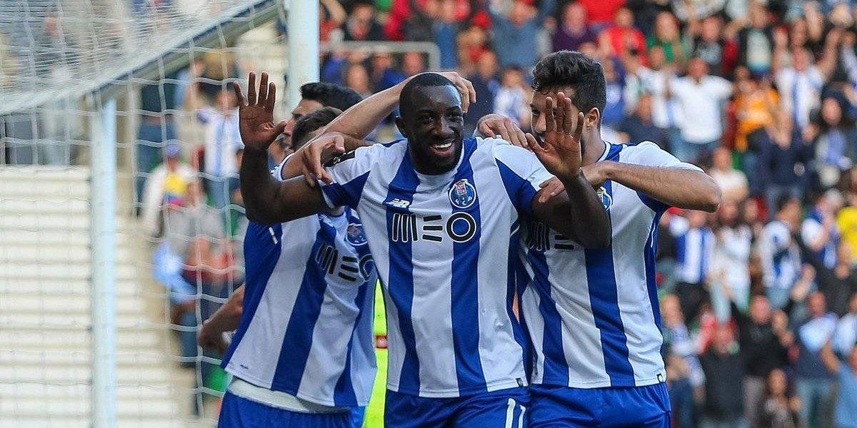 Porto da paso gigante por el campeonato de Portugal